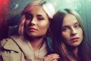 Gabrielle Aplin & Nina Nesbitt - Miss You 2